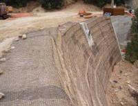 Применение геосетки для укрепления откосов и насыпей
