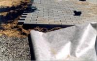 Геотекстиль при строительстве пешеходных дорожек